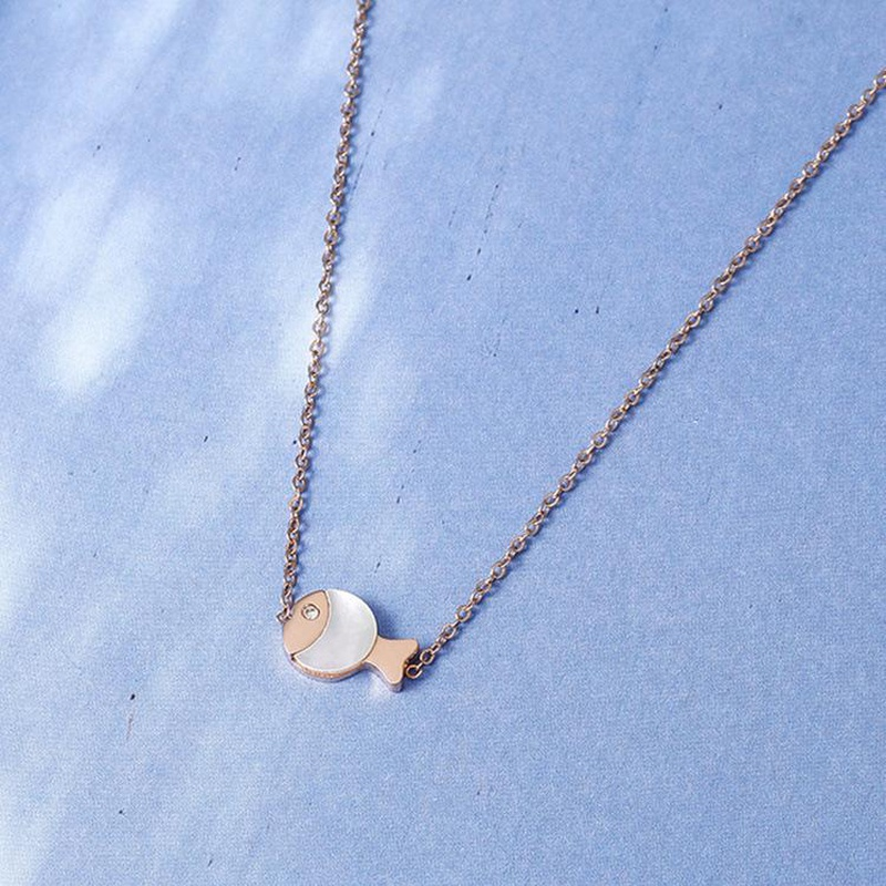 14K Rose Gold Exquisite Cute Fish Pendant Clavicle Chain Short Non-Fade Necklace NHIM182325