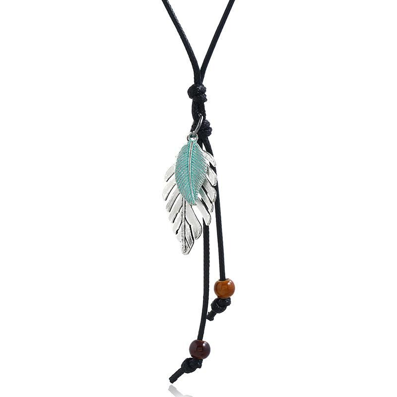 New alloy leaf pendant student necklace simple wild clothing accessories long sweater chain NHPK182385
