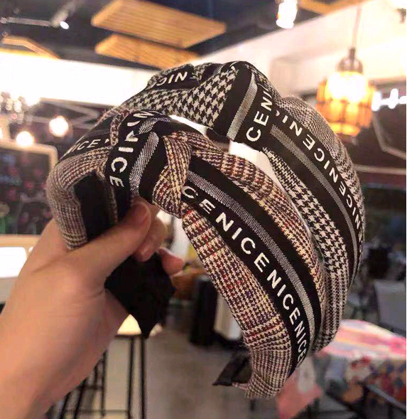 Korean style hair accessories Korean version of the wild plaid fabric knotted twisted wide side hair hoop NHSC182510