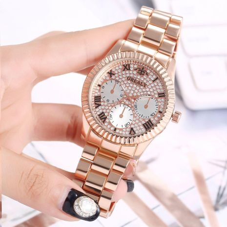 Nuevo reloj Three Eyes Roman Scale Alloy Set Steel Band Watch Reloj de cuarzo al por mayor NHHK182660's discount tags