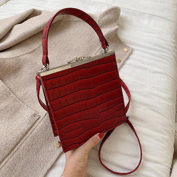 Bolso de patrón de cocodrilo simple nuevo bolso de clip retro para mujer bolso diagonal de hombro de color sólido de moda salvaje NHPB183074