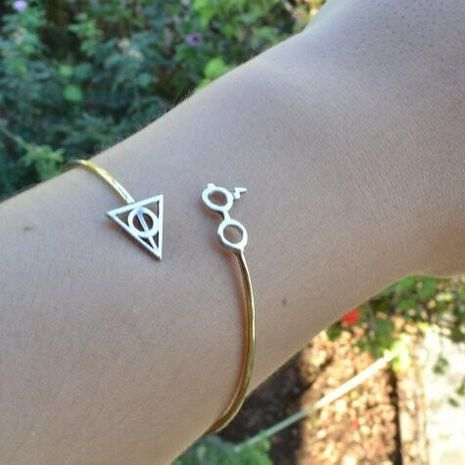 Women bracelet geometric triangle alloy NHXR174896's discount tags