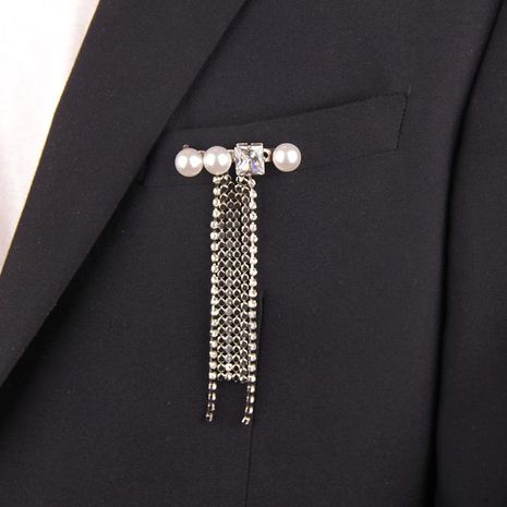 Fashion high-grade metal studded tassel pearl brooch NHYQ175012's discount tags