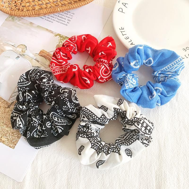 Hair accessories female simple cashew flower large intestine hair ring does not hurt hair rope rope rope NHOF176043