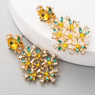 925 Silver and Diamond Stud Earrings Retro Court Baroque Flower Earrings Leaf Fashion Earrings NHLN175950's discount tags
