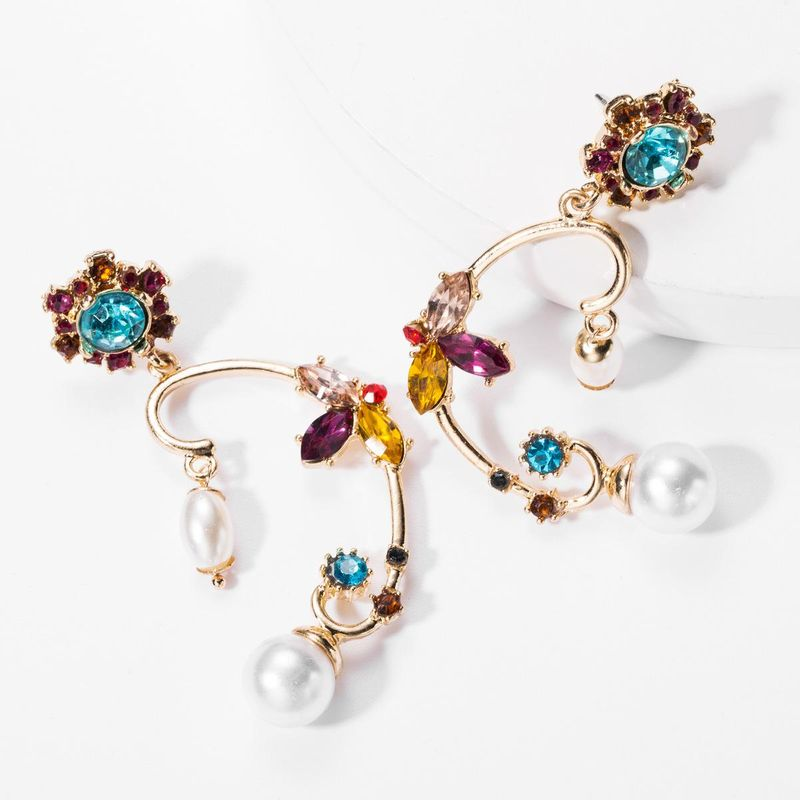 Classical Style Irregular Alloy Diamonds and Pearls Vintage Earrings Women's Fashion Art Earrings NHJE176136