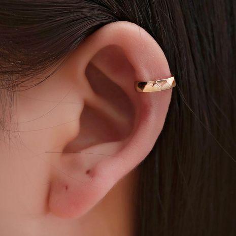 Nueva personalidad de clip de oreja simple en forma de U tridimensional hombres y mujeres clip de hueso de oreja indoloro único NHDP176377's discount tags