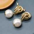 NHOM472959-White-earrings