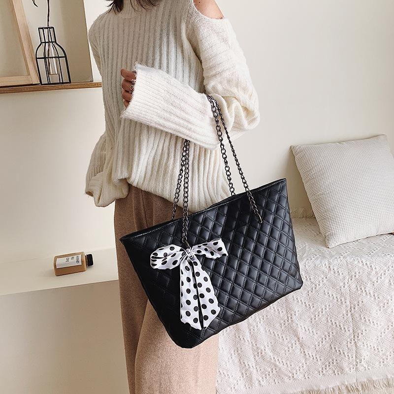 Bag female large capacity new small fragrance single shoulder rhombic chain bag silk towel portable bucket bag NHXC176747