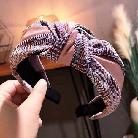 Versión coreana de los nuevos accesorios para el cabello de tela de rayas de celosía de cuero NHSC186334's discount tags