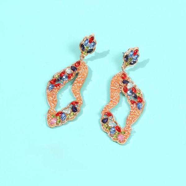Aretes salvajes personalizados pendientes de arroz irregulares pendientes de piedra triturada con diamantes mujeres al por mayor NHMD186050