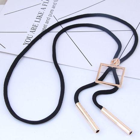 Longue chaîne de bain / chaîne de chandail de corde noire sauvage de boîte noire en métal NHSC186639's discount tags