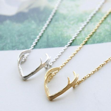 Antler necklace short clavicle chain female reindeer elk pendant necklace wholesale NHCU186590's discount tags