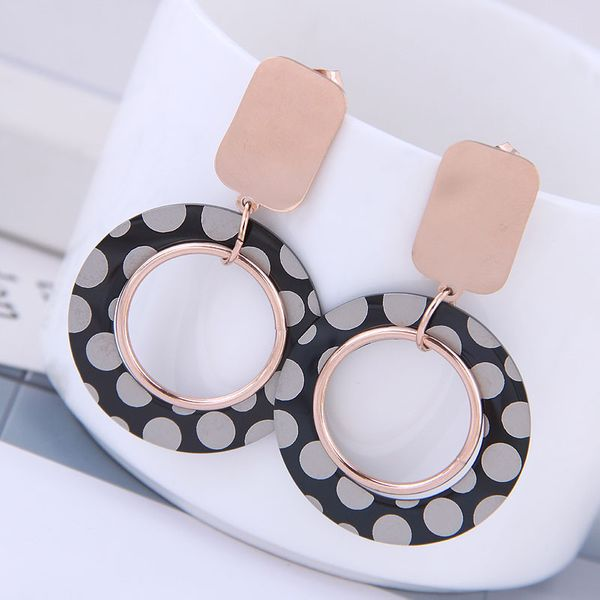 Exquisite Korean fashion rose gold titanium steel female earrings simple and simple titanium steel simple circle personality temperament earrings NHSC187015