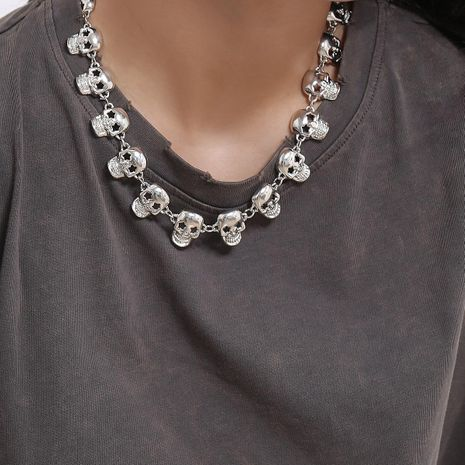 Accessories hip-hop HIPHOP item decorated female skull element punk collarbone necklace NHXR187445's discount tags
