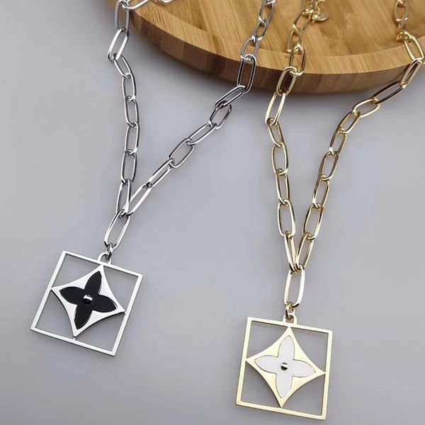 Square Long Sweater Chain Hollow Four Leaf Flower Necklace Fashion Trendy Thick Chain NHKQ187321