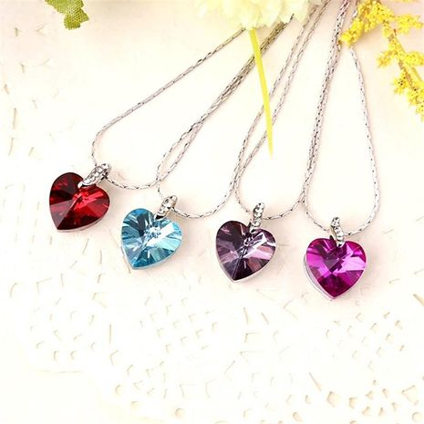 Fashion Necklace Korean Heart-shaped Crystal Geometric Female Necklace Jewelry Wholesale NHKQ187358's discount tags