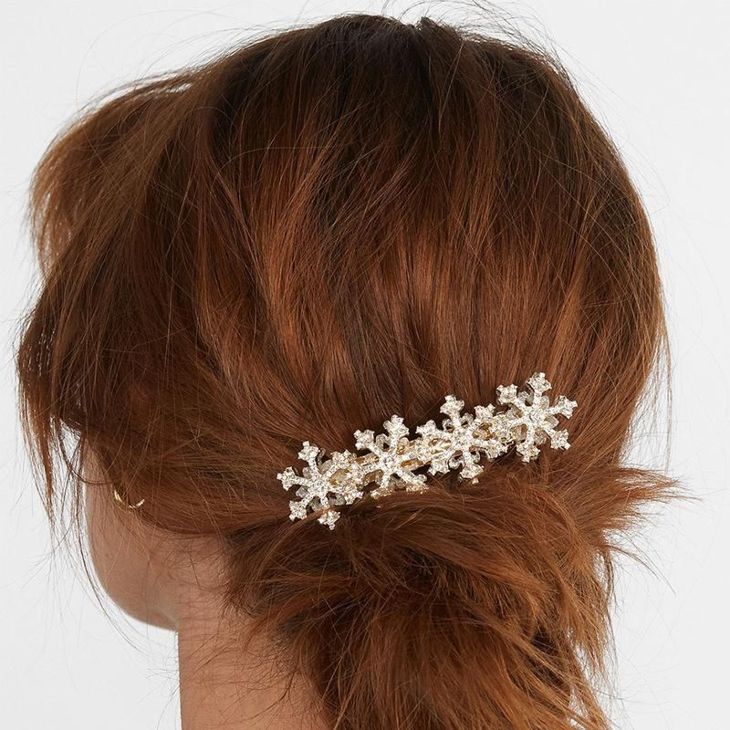 Alloy diamond hairpin Korean new wild jewelry accessories autumn and winter hair accessories crystal word clip NHJQ187802