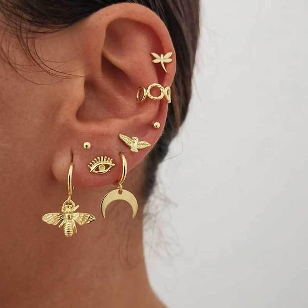 New gold-plated earrings set combination fashion street shooting devil's eye earrings women NHOT183711