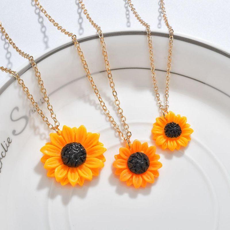2019 Boho Fashion Sunshine Resin Sunflower Pendant Necklace NHBQ183536