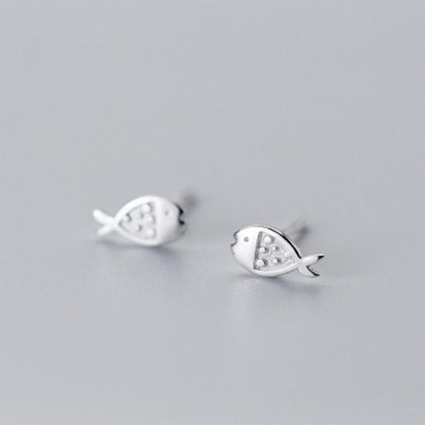 Simple and cute fish earrings NHCU189044