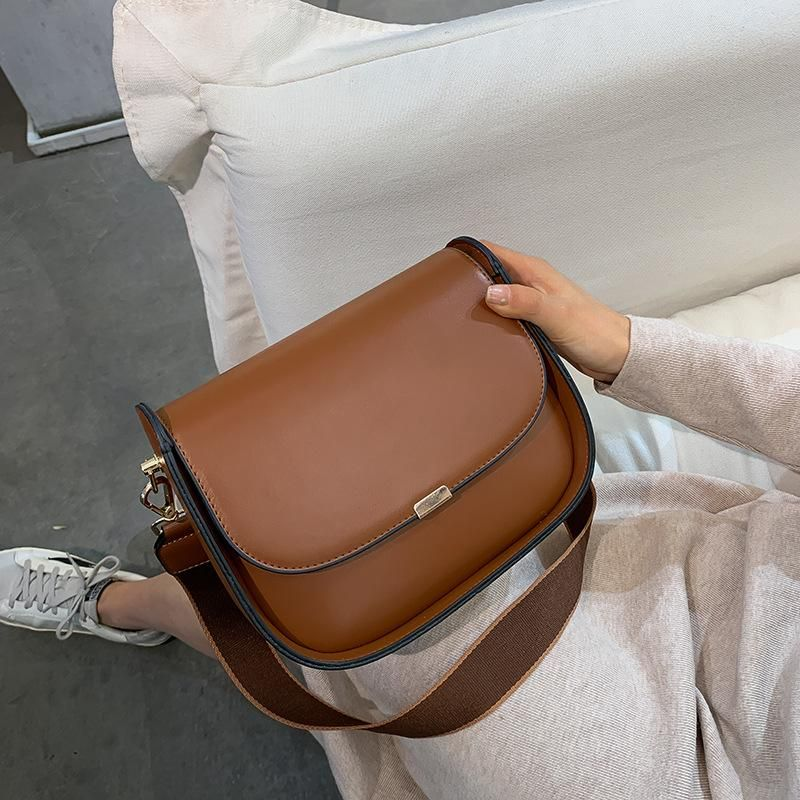 French niche bag retro hong kong style small bag female 2019 new korean wild messenger bag fashion shoulder bag NHTC189267