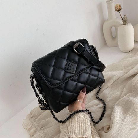 ins petit sac femelle 2019 nouvelle mode sac de messager de style occidental version coréenne du sac de chaîne de losange de texture rouge NHTC189429's discount tags
