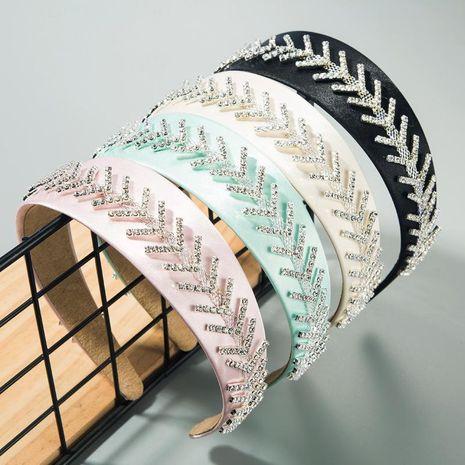 High-end headdress headband ladies alloy clover inlaid rhinestone headband NHLN189802's discount tags