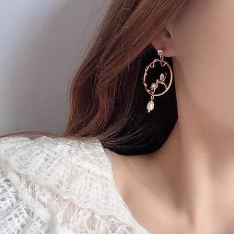 Silver Stud Earring Pearl Earrings Design Cutout Bird Ear Studs NHQD189931's discount tags