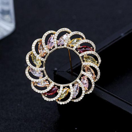 Japanese and Korean trendy high-end round flower temperament brooch simple fashion shining zircon coat coat corsage brooch NHDO190051's discount tags