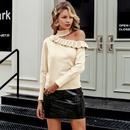 2019 New Open Shoulder Sweater Fashion Women Wholesale NHDE190247