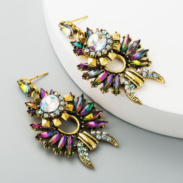 New European and American fashion diamond retro earrings ladies personality trend irregular court style earrings Xingyue earrings NHLN190291