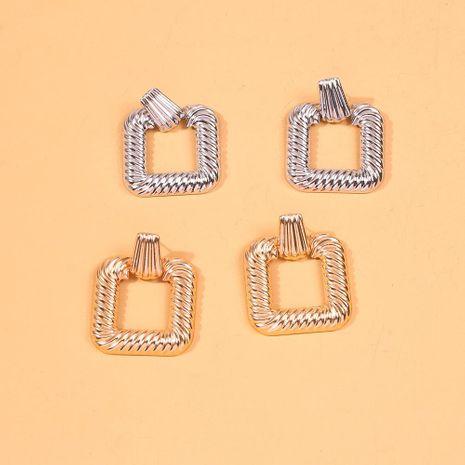 Pendientes calientes moda nueva spin metal pendientes geométricos cuadrados simples pendientes retro mujeres NHMD190326's discount tags