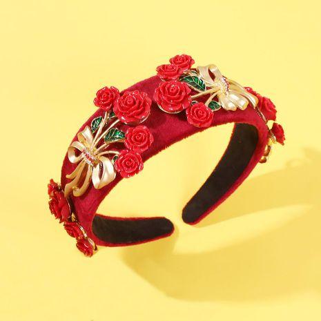 Accesorio para el cabello de estilo barroco con banda ancha con incrustaciones de perlas NHMD190336's discount tags
