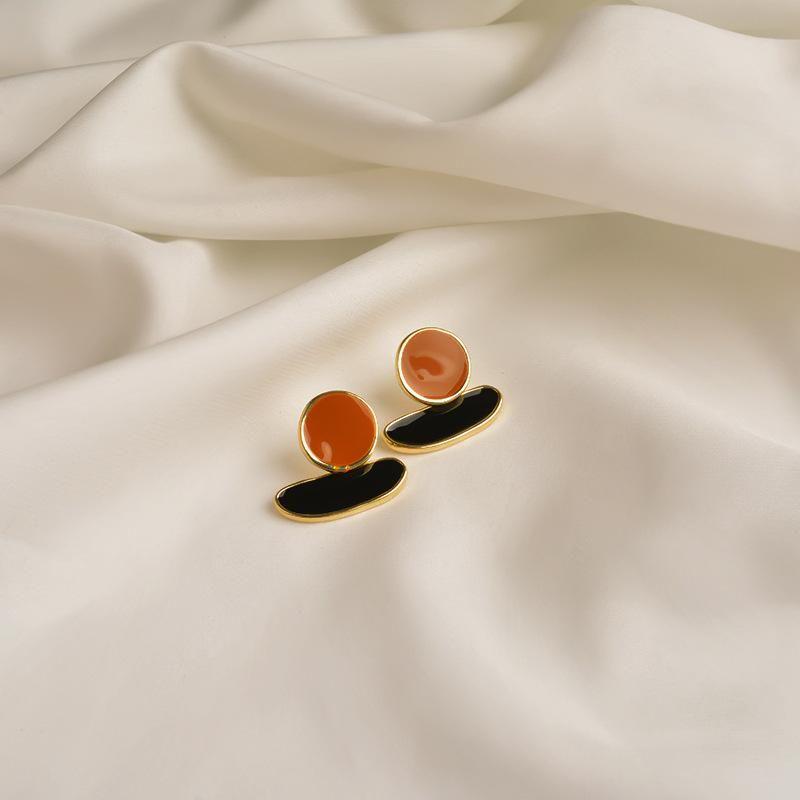 Korean earrings female contrast color geometric S925 silver simple earrings delicate oil ear jewelry NHWF190365