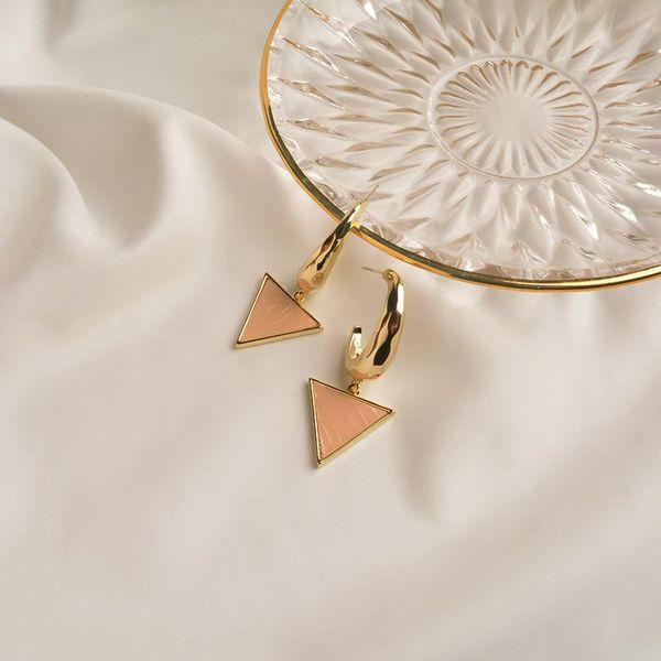 2020 new geometric retro earrings female fashion temperament tide Korea Dongdaemun earrings women niche earrings jewelry NHWF190384