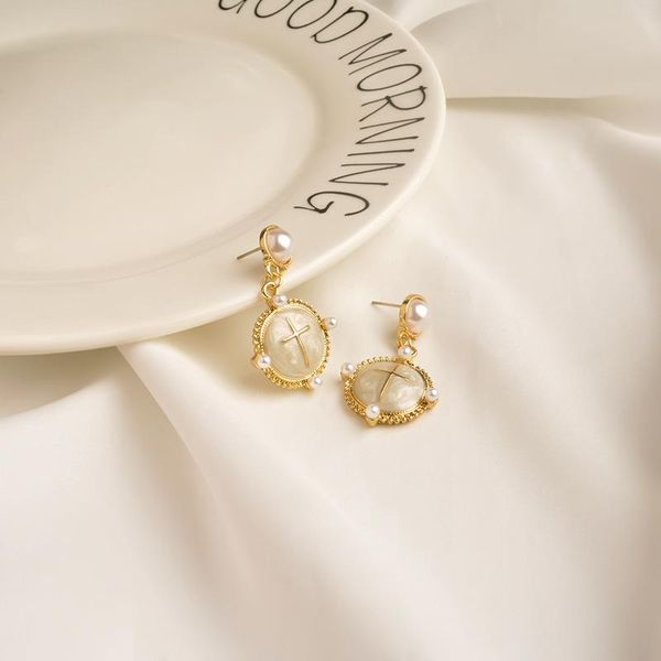 Retro earrings female niche circle pendant personality Korea Dongdaemun high-end geometric earrings wild fashion NHWF190390