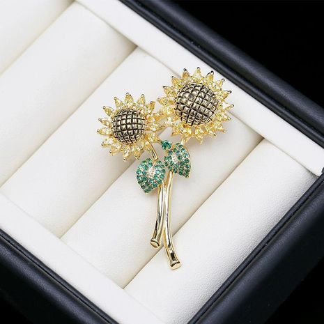 Color zircon sunflower brooch sunflower corsage female simple coat suit decoration pin NHDO184012's discount tags