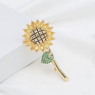 Christmas Sun Flower Brooch Zircon Sunflower Temperament Cardigan Shawl Buckle NHDO184013's discount tags