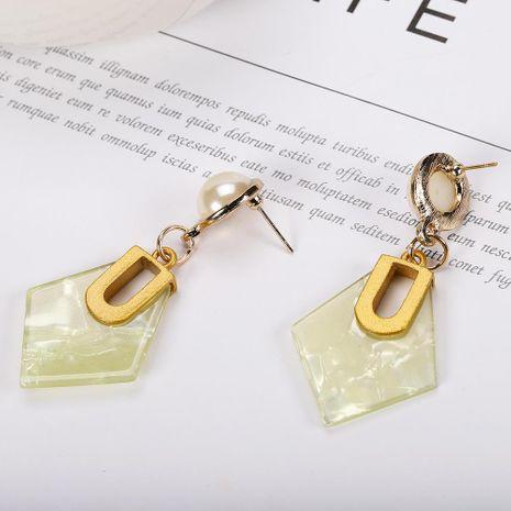 Pendientes geométricos de resina de cuatro lados pendientes de moda pendientes de mujer al por mayor NHJQ190743's discount tags