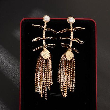 Nouvelles boucles d'oreilles créatives en métal diamant feuille fleur boucles d'oreilles boucles d'oreilles vintage NHNZ190786's discount tags