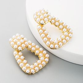 Earrings Fashion Alloy Pearl Cutout Earrings for Women wholesales fashion NHLN184115