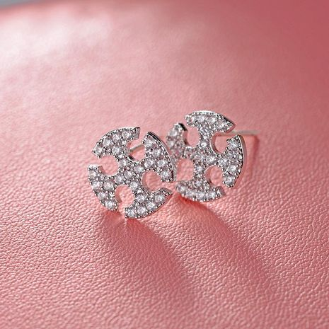 925 aguja de plata esterlina hipoalergénica coreana simple micro incrustaciones pendientes de circón joyería al por mayor NHLJ184571's discount tags