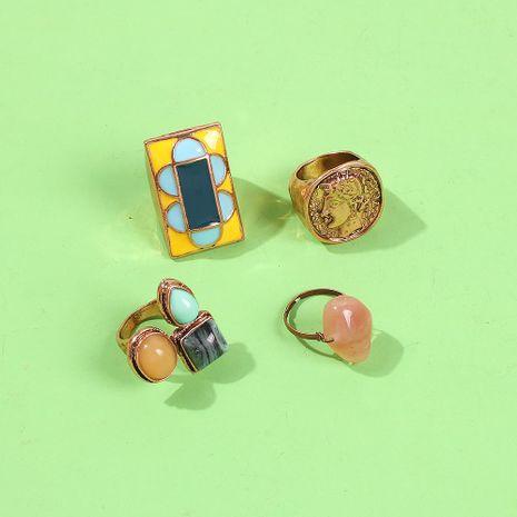 Anillo de oro vintage hecho viejo anillo ovalado tallado moda combinación anillo salvaje NHMD185003's discount tags