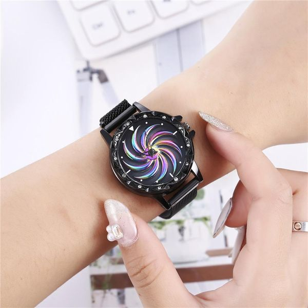 Popular women's watches come with creative magnet buckles. Milan with quartz watches for men NHHK184899