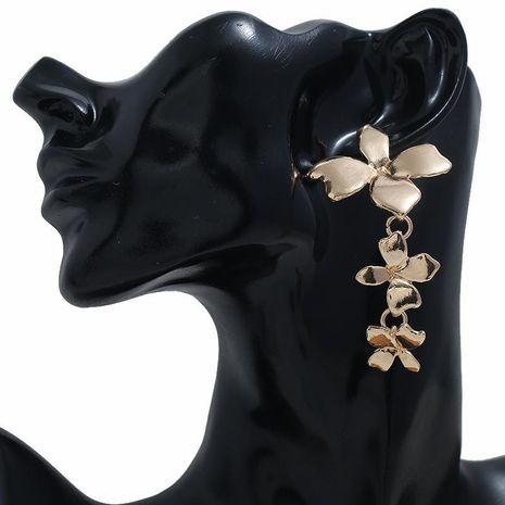 Aleación de moda flores conectadas pendientes largos pendientes creativos de moda mujeres NHBQ185423's discount tags