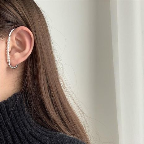 Creative iron cable buckle combined with pearl geometry single ear hook simple and unique without piercings NHYQ185704's discount tags