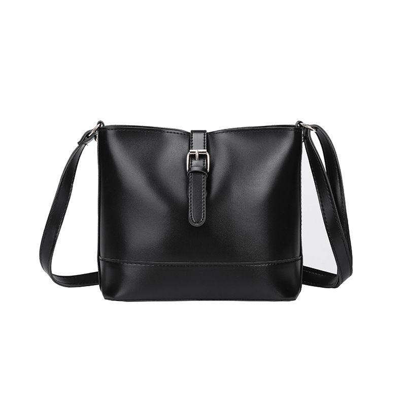 PU Korea  Shoulder bag  (black)  Fashion Bags NHXC1040-black