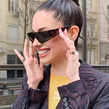 Moda europea y americana medio marco gafas de sol cuadradas mujeres FY190412116892's discount tags