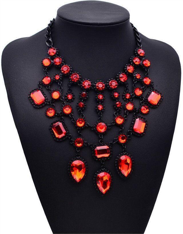 Womens geometric rhinestone alloy Necklaces JQ190416117439